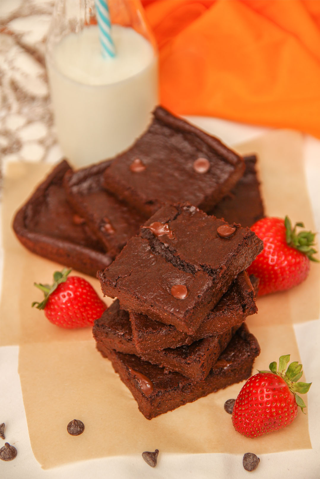 Healthy Chocolate Brownies #Healthy #Recipes #KatrinasCleanCooking
