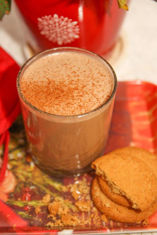 Healthy Cinnamon Milkshake #healthy #christmas #dairyfree #refinedsugarfree