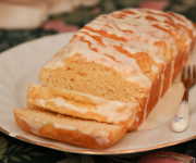 Healthy Lemon Drizzle Loaf Cake (Gluten free, 5 mins, 1-bowl)